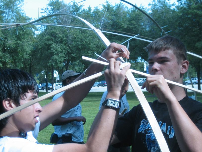 Public Workshop Helps Children + Designers Build Amazing Structures In Chicago's Grant Park.