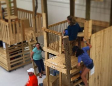 Design-Building Rolling Treehouses With Students + Teachers In A Middle-School Cafeteria.